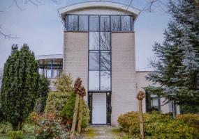 5221GA Engelen, Nederland, 4 Bedrooms Bedrooms, ,Huis,Koop,Kraanvogellaan,1423